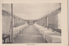 Dortoir des petites 1922-1923